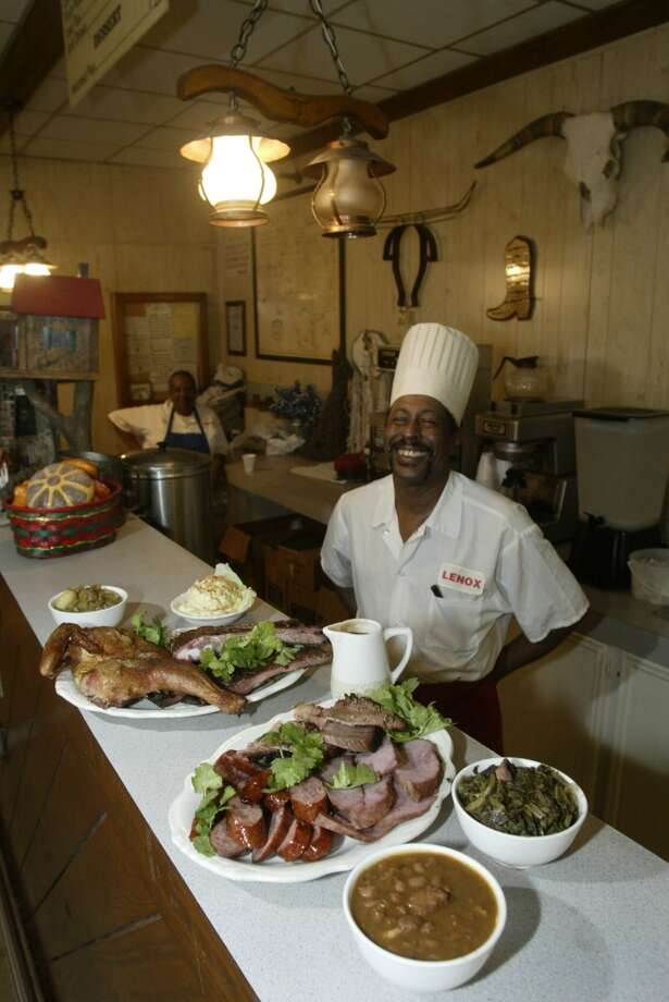 Lenox Bar-B-Q Photo: John Everett, Houston Chronicle