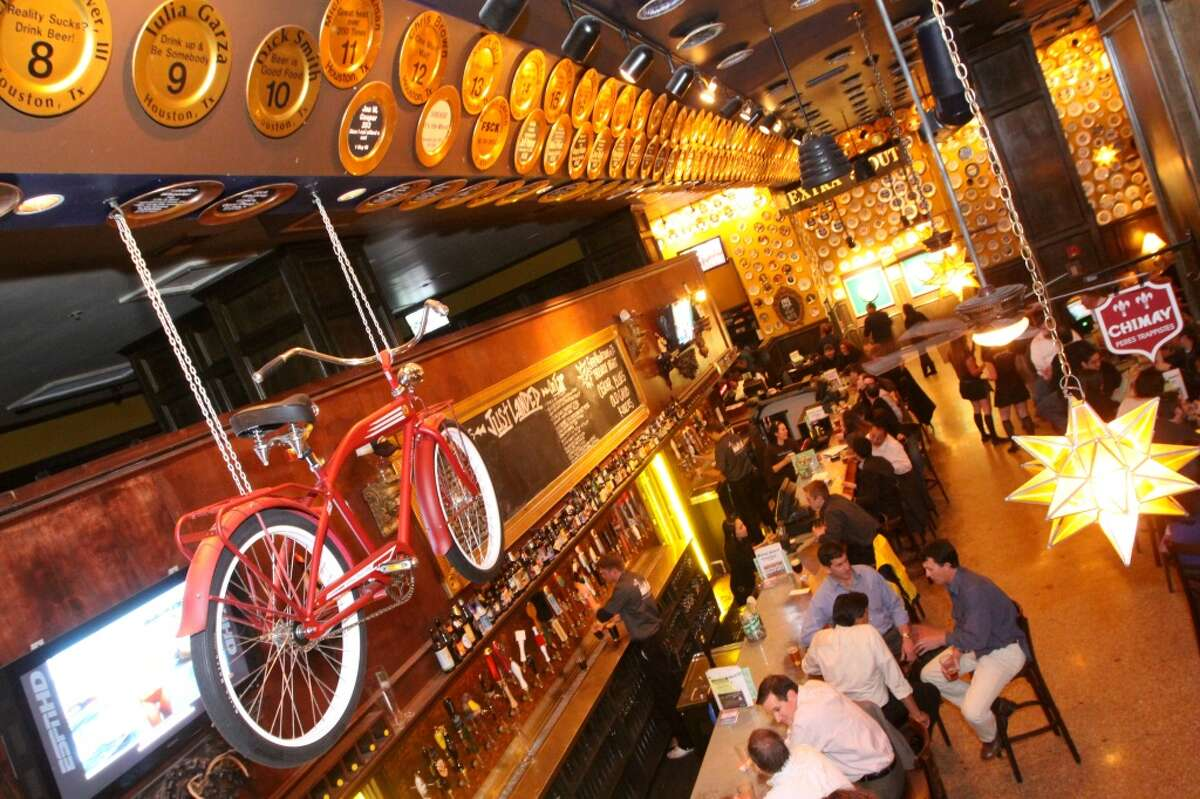 Click the gallery to see the most popular bars in Texas, according to Foursquare and Swarm.