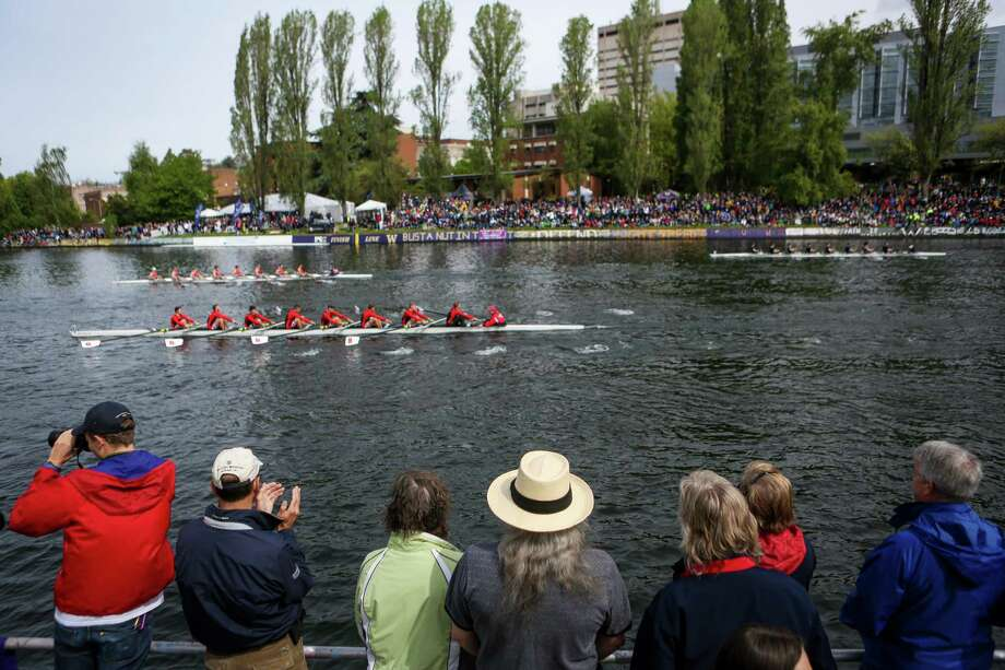 Spectators watch during the annual Windermere Cup Regatta and official kickoff of the boating season. Photo: JOSHUA TRUJILLO, SEATTLEPI.COM / SEATTLEPI.COM