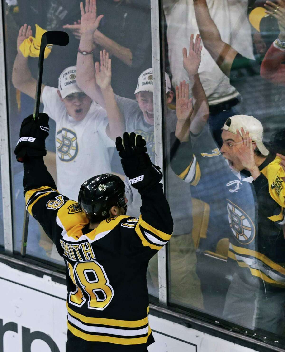 Bruins right wing Reilly Smith celebrates his go-ahead goal late in the third period against Montreal.