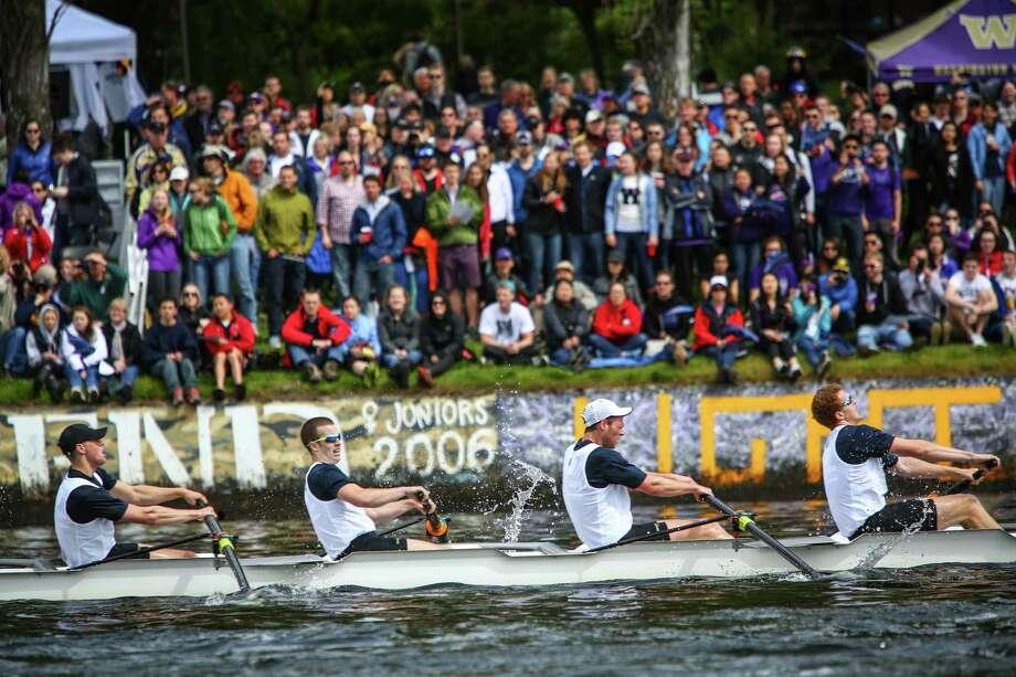 UW rowers compete for the Erickson Cascade Cup. Photo: JOSHUA TRUJILLO, SEATTLEPI.COM / SEATTLEPI.COM