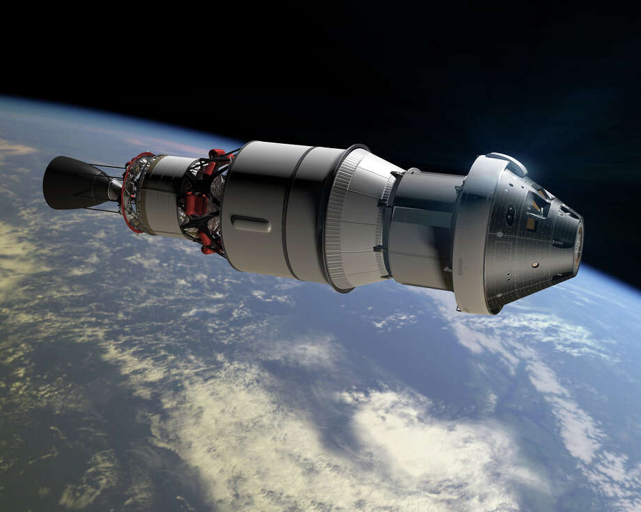 This artist's rendering shows the Orion capsule and ESA service module on which the U.S. space agency aims to send a crew to orbit the red planet. Photo: HOPD / NASA