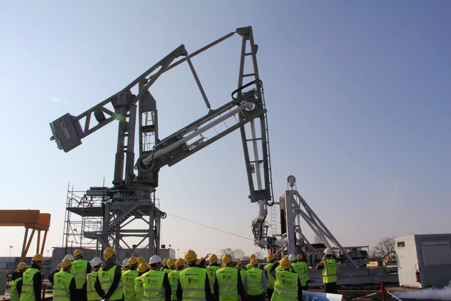 FMC Technologies Offshore Loading Arm FootlessBuilt for the world's first floating liquefied natural gas production facility, FMC's OLAF loading arm will transfer to LNG to tankers moored alongside. Photo: FMC Technologies