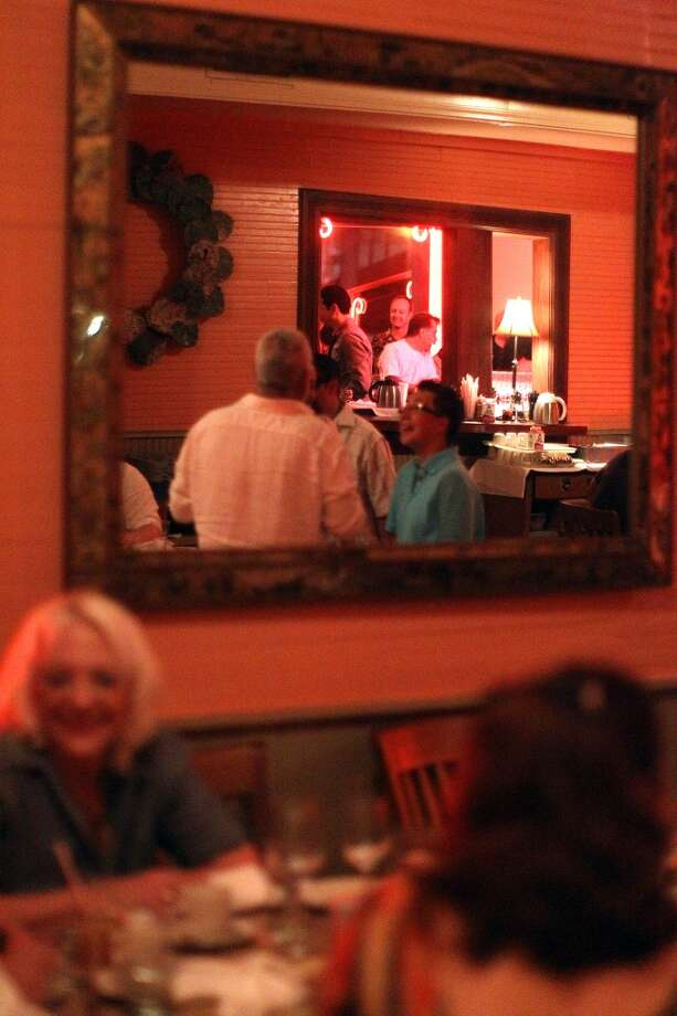 Liberty Bar on its last night on May 17, 2010. Photo: Jennifer Whitney, Special To The Express-News