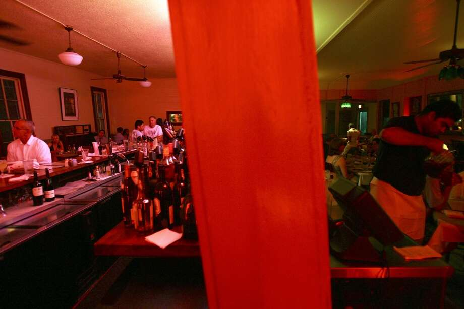 A view of the inside of Liberty Bar in 2009. Photo: Edward A. Ornelas, Express-News