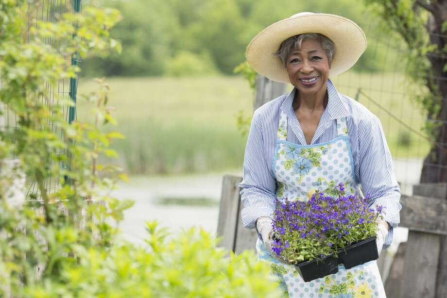 SYMPTOMS:If you're gardening, climbing stairs, shoveling snow  or doing any other forms of exercise and feel discomfort in your chest,  back or jaw - and that discomfort is relieved by rest - see a  cardiologist. (Dr. Stephanie Coulter, director of Texas  Heart Institute's Center for Women's Heart and Vascular Health)