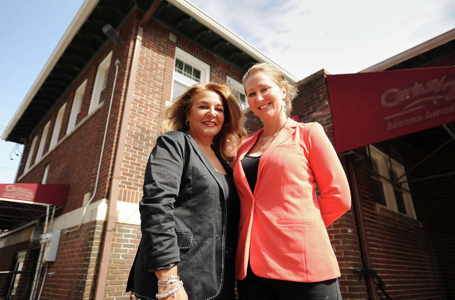 D&B Wellness owners Angela D'Amico, left, and Karen Barski, both of Trumbull, at 2181 Main Street in Bridgeport, Conn. where they had hoped to operate a medical marijuana dispensary. Bridgeport zoning officials refusal to issue D&B permits potentially jeopardizes their state approval. Photo: Brian A. Pounds / Connecticut Post