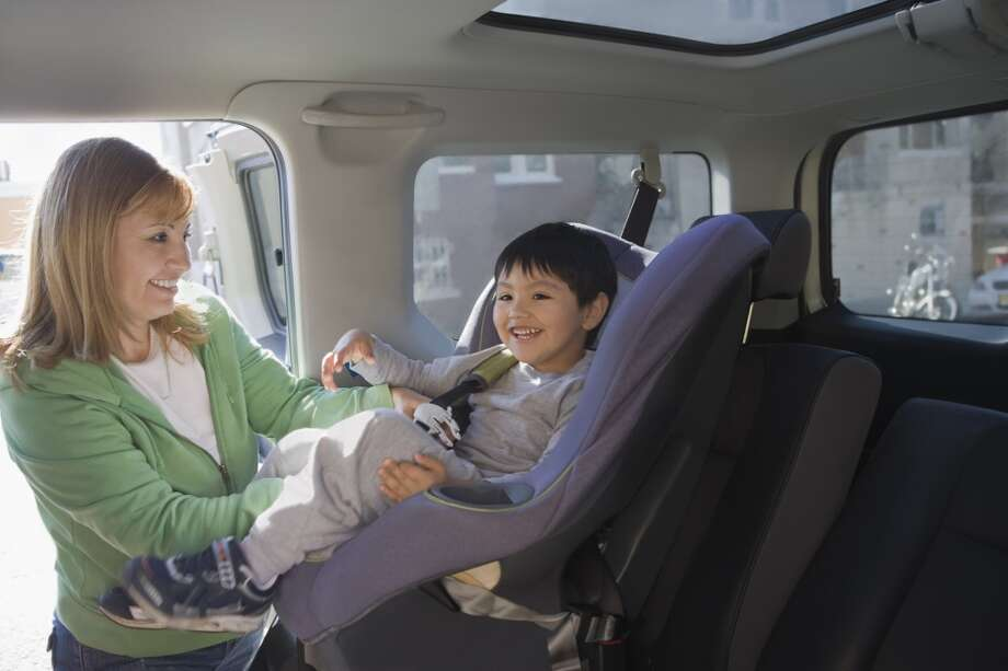 Older children might be transported by the center for field trips or other activities. State inspectors often cite centers that fail to use the proper child safety restraints. Photo: REB Images, Getty Images/Blend Images