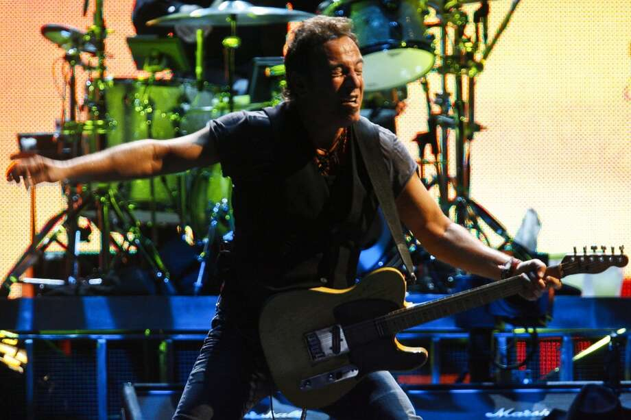 Bruce Springsteen and the E Street Band perform at the Toyota Center Wednesday, April 8, 2009, in Houston. Photo: Michael Paulsen, Houston Chronicle