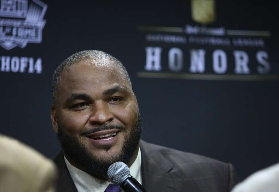 "BEST  2. Walter Jones (1997)First round, sixth-overall pick | Position: Offensive tackle | College: Florida State ""Big Walt"" was a prototypical left tackle for over a decade in Seattle. The former Seminole put up nine Pro-Bowl seasons -- including four where he earned first-team All-Pro selections -- in 12 years and teamed with Hutchinson to create perhaps the best offensive line in football. He will be inducted into the Pro Football Hall of Fame in August. Photo: Joshua Trujillo, Seattlepi.com"