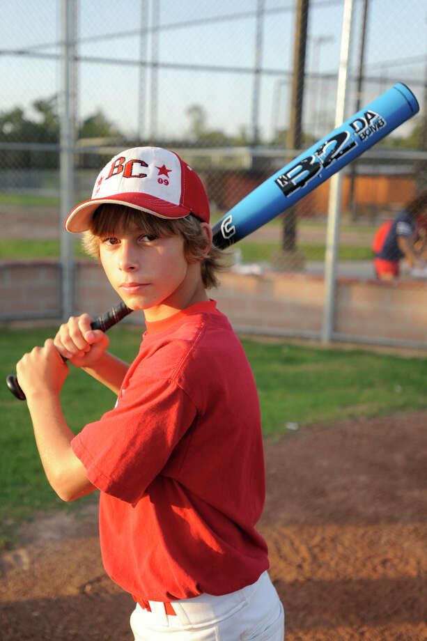 Year: 2009Name: Tryce HowardAge: 13Position: Right fieldFavorite team: New York YankeesFavorite pro athlete: Alex RodriguezFavorite food: Pizza Favorite video game: UFC What do you want to be when you grow up? MLB player