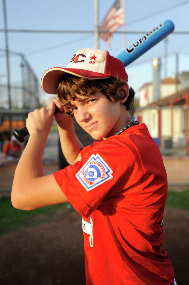 Year: 2009Name: Jonah Watts Age: 13Position: Pitcher/Center field/ThirdFavorite team: New York YankeesFavorite pro athlete: Alex Rodriguez Favorite food: PizzaFavorite video game: UFCWhat do you want to be when you grow up? MLB player2014: Jonah Watts, No. 8, is a junior on the Bridge City varsity baseball team.
