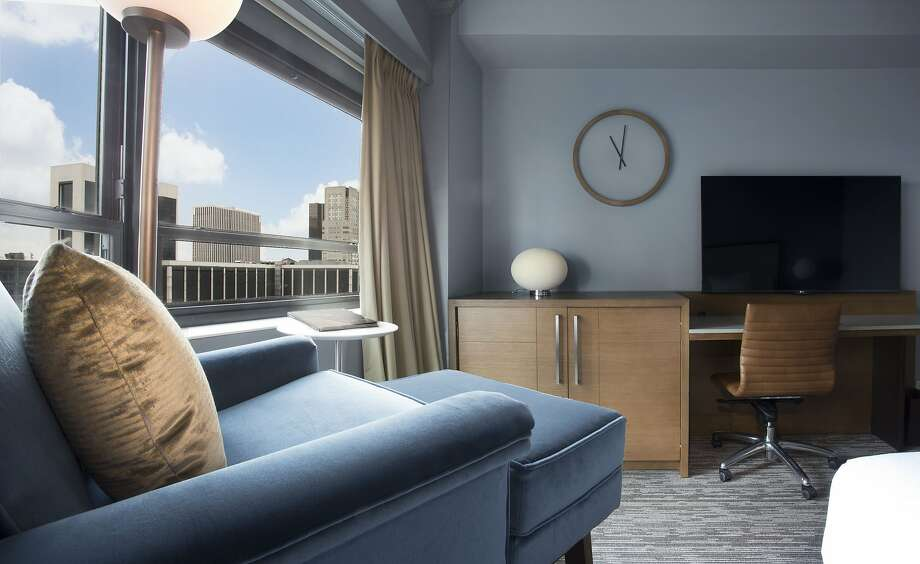 The New York Hilton Midtown, is phasing in minimalist room decor that highlights the city skyline. Photo: New York Hilton Midtown
