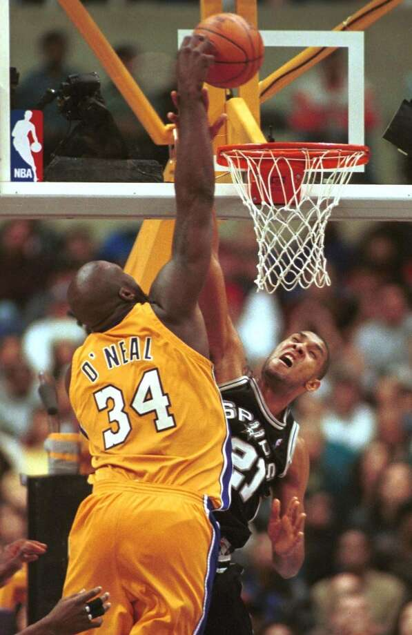1999-00 — Shaquille O'Neal, L.A. Lakers Photo: JIM RUYMEN, AFP/Getty Images