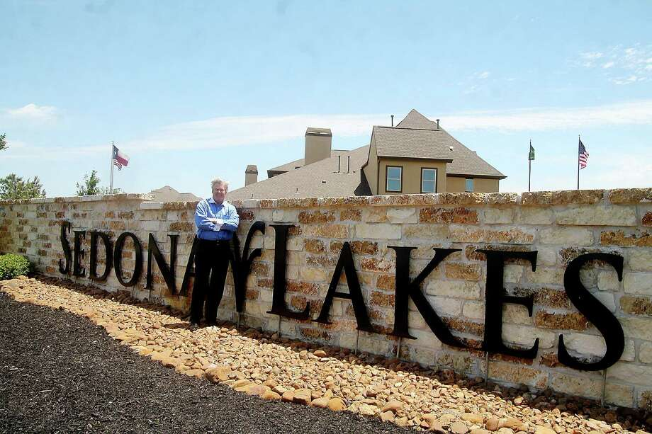 Buck Driggers is the senior vice president, Texas, for Landeavor, and in charge of development of Sedona Lakes. Landeavor is adding amenities to the community it purchased in 2013. Photo: Pin Lim, Freelance / Copyright Pin Lim.