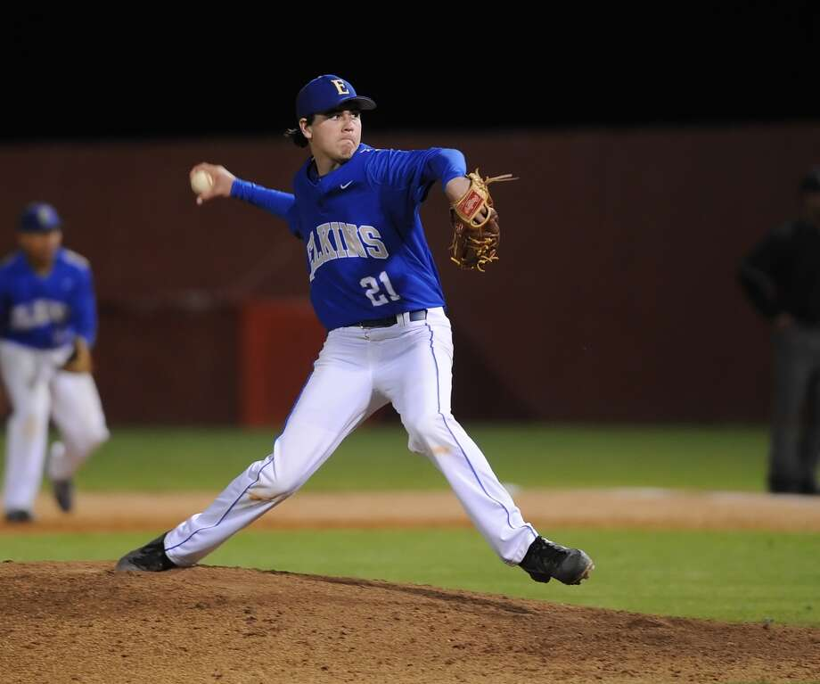 Elkins pitcher Brendon King and the Knights take on Pearland in the UIL Class 5A baseball playoffs this weekend. Photo: Eddy Matchette, Freelance / Freelance