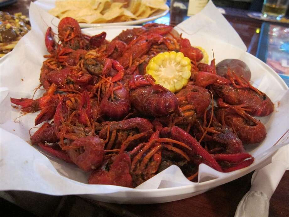 Boiled crawfish at BB's Upper Kirby restaurant on Richmond Ave. Photo: Alison Cook