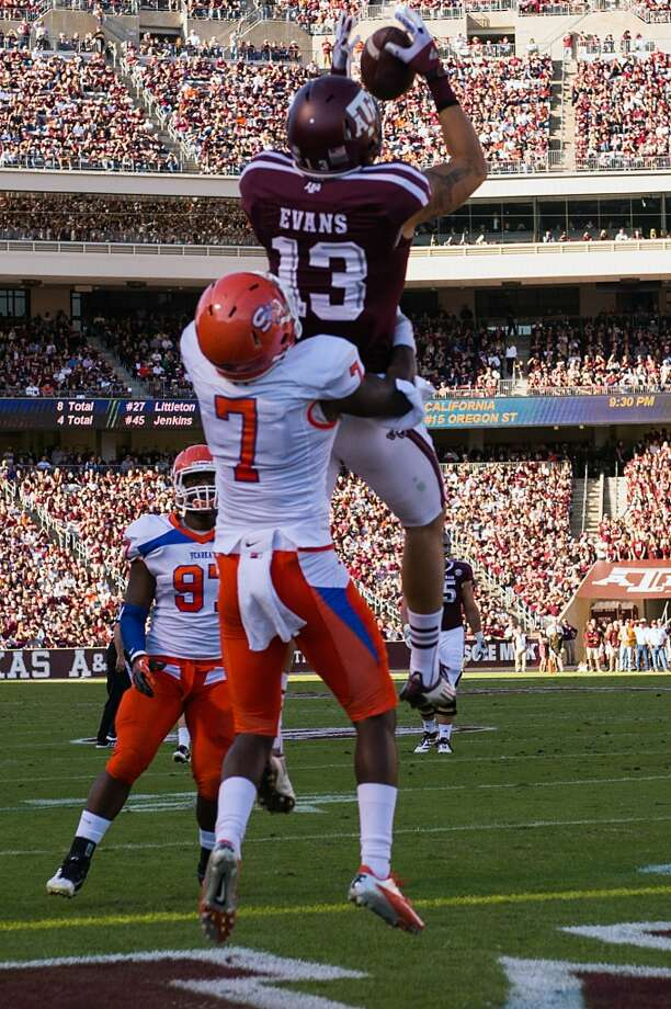 7. Tampa Bay: Mike Evans, WR, Texas A&M.  They fill a desperate need with a third Aggie taken among top seven.  Mock 5: Evans. Photo: Smiley N. Pool, Houston Chronicle