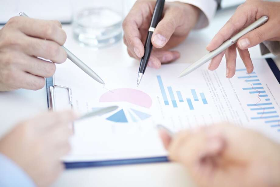 20. Financial analystSource: CareerBliss Photo: Getty Images/Vetta