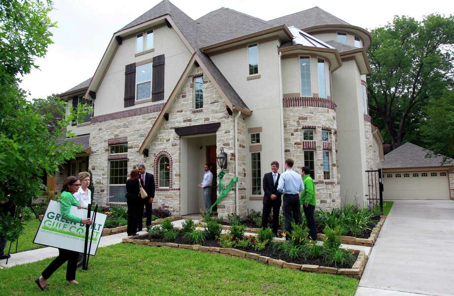 13 best simple energy efficient home design features ideas for Energy efficient house features