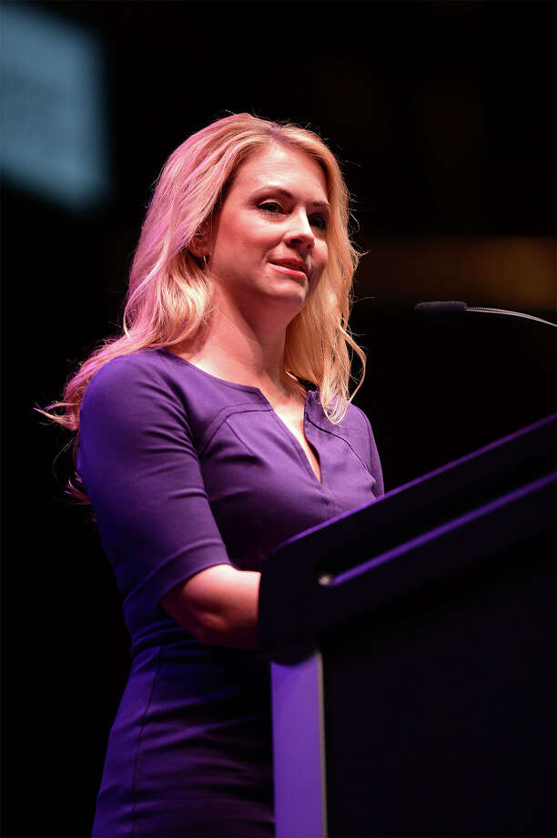 Melissa Joan Hart addresses guests at the Christus LiveWell Women's Conference at Ford Park on Thursday. The famed actress spoke about balancing family, friends and health.  Photo taken Wednesday, May 08, 2014 Guiseppe Barranco/@spotnewsshooter Photo: Guiseppe Barranco, Photo Editor