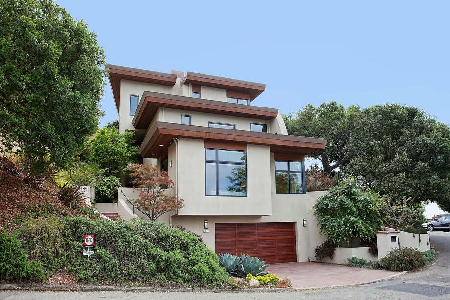34 Stephens Way in Berkeley is a three-plus bedroom home set on the edge of a private bluff. Photo: OpenHomesPhotography.com