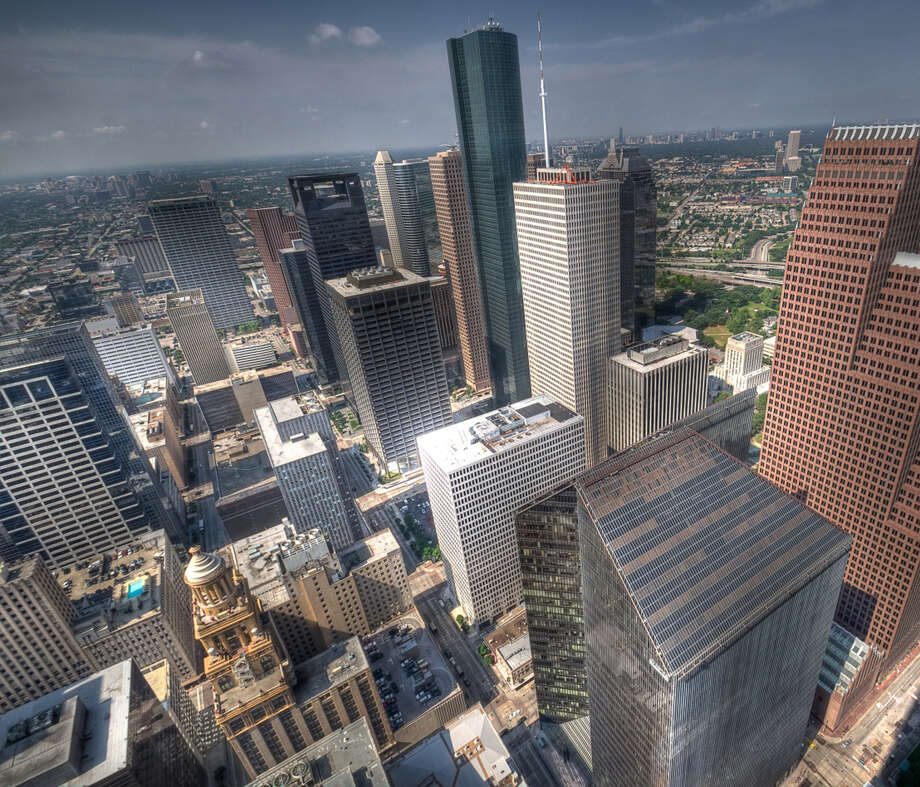 How many people live in Houston?Houston is big – really big. According to the July 2013 U.S. Census count, approximately 6,313,158 people live in the nine-county Greater Houston area. That's more people than the live in the followings states and countries. Photo: Karsten May, Getty Images / Flickr Open