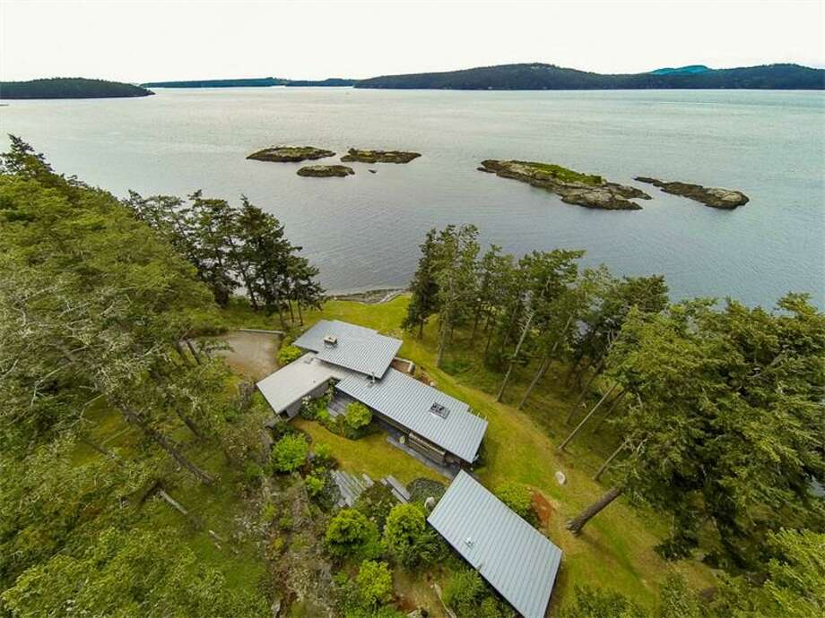 View of 2027 Neck Point Road, on Shaw Island. Photo: Courtesy Angelica Pepka/Realogics Sotheby's International Realty