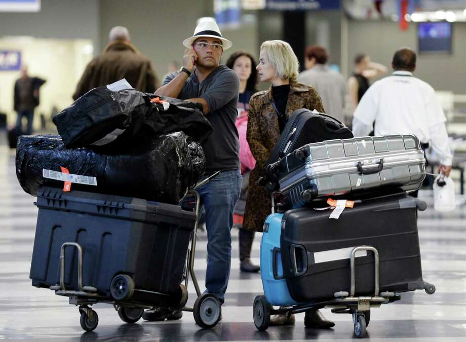 Airlines with the most (and least) leg roomThe U.S. Department of Transportation Secretary Anthony Foxx thinks air travelers aren't sardines for flight carriers to pack into their planes, according to Condé Nast Traveler. The Washington Post, in conjunction with SeatGuru, have compiled a ranking of the airlines with the most wiggle room for your knees. Note: The following numbers are averages based on economy-class seats for flights six hours or less.  Photo: Nam Y. Huh, STF / AP