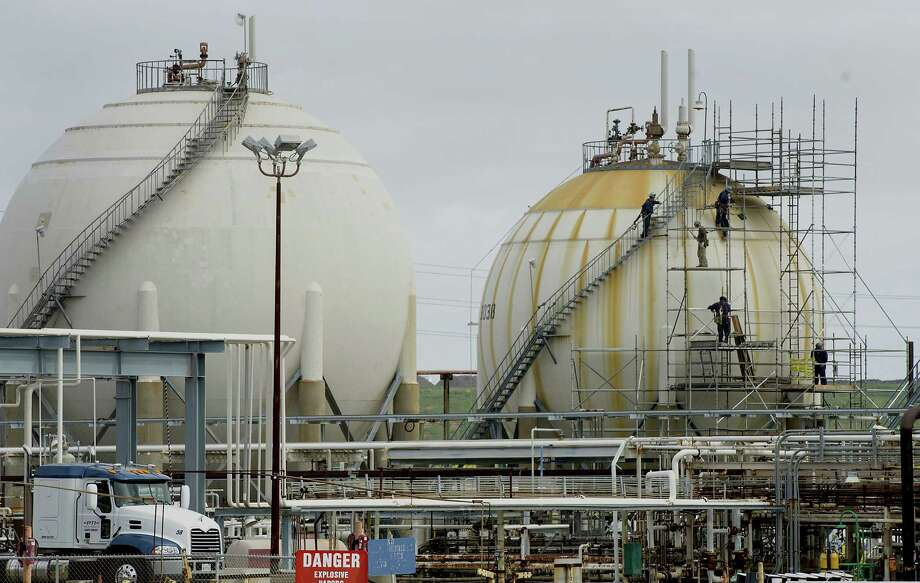 After the 2012 fire at Chevron's refinery in Richmond, California, the state hired six inspectors and transferred others, but none of them had safety experience at refineries, state officials say. Photo: Bloomberg / © 2014 Bloomberg Finance LP