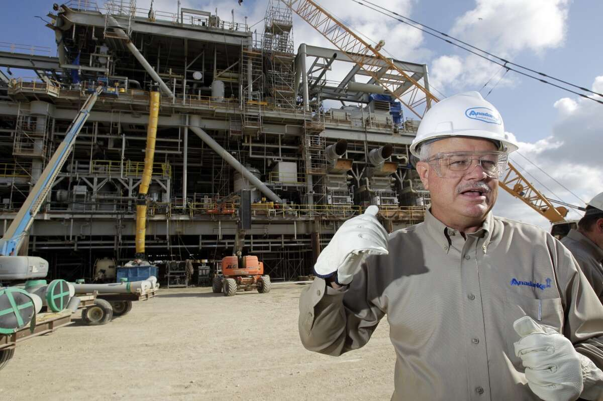Oil and gas producer Anadarko Petroleum, headquartered in Houston, gives 90 percent of its political contributions to Republican candidates and committees. [Photo: Don Vardeman, vice president of worldwide projects management at Anadarko Petroleum Corporation, talks at Kiewit Offshore Services in front of the topside production module that will be attached to the Lucius truss spar.]