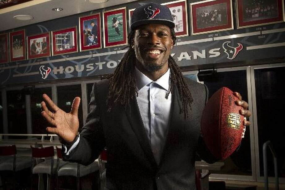 Jadeveon Clowney poses for a portrait at NRG Stadium Photo: Brett Coomer, Houston Chronicle