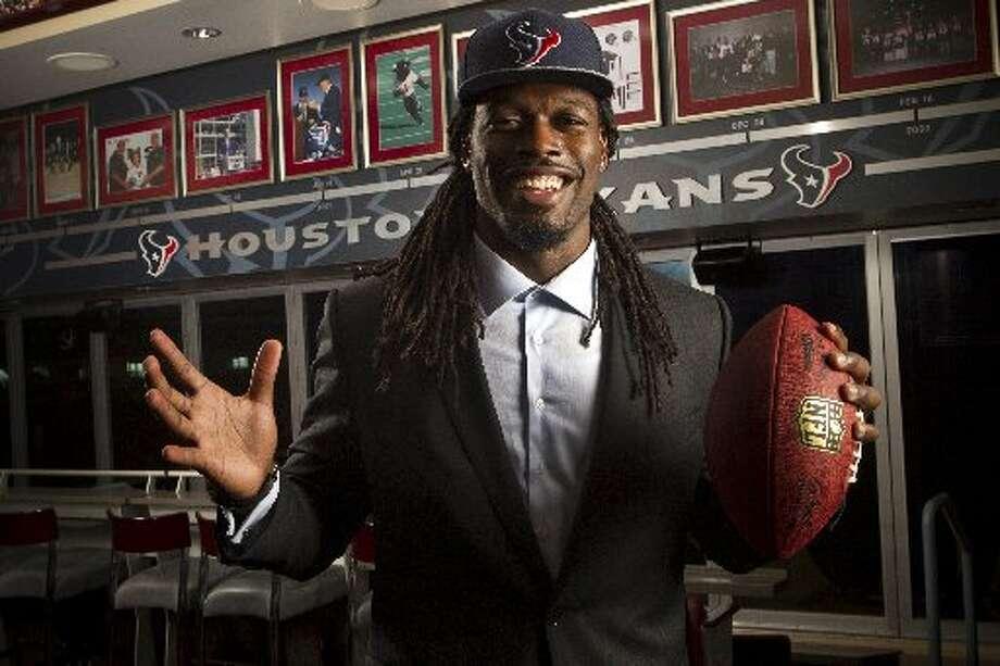 Jadeveon Clowney poses for a portrait at NRG Stadium Photo: Brett Coomer, Houston Chronicle