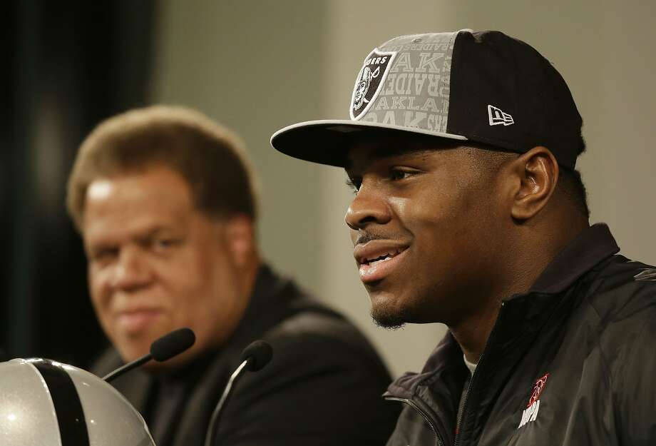 Khalil Mack, who said he didn't think his first meeting with the Raiders went well, talks with the media as their top pick. Photo: Eric Risberg, Associated Press