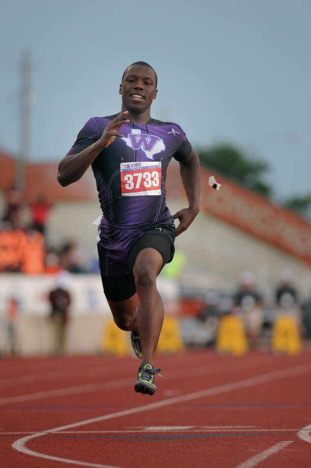 Willis junior John Lewis pushes to the finish line in the Class 4A Boys 100 Meter Dash during the UIL State Track & Field Championships at Mike A. Meyers Stadium in Austin on Friday. Photo: Jerry Baker, For The Chronicle