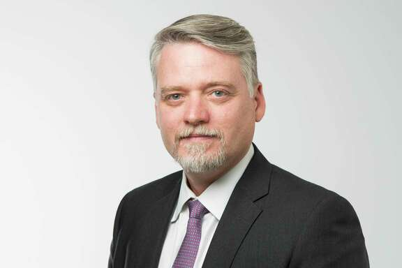 Houston Chronicle columnist Chris Tomlinson.
