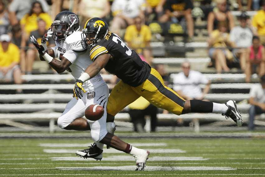 Anthony Hitchens Pick 119 Iowa Outside Linebacker 6'0