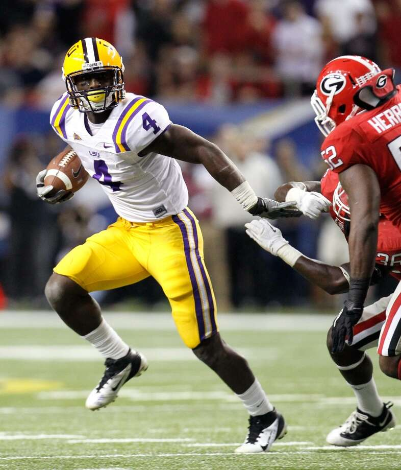 6th round (181st overall): Alfred Blue, RB, LSU, 6-2, 223.Strengths – He's a good, and good-looking, athlete who might have thrived in a different environment where he could have been a go-to back. He does everything pretty well with no obvious shortcomings and his body hasn't been subjected to much wear and tear. Photo: Kevin C. Cox, Getty Images