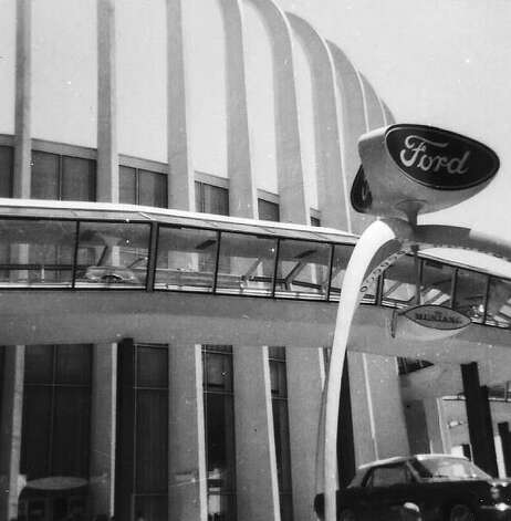 Ford Pavilion at World's Fair of 1964 (Mitchell Silver)
