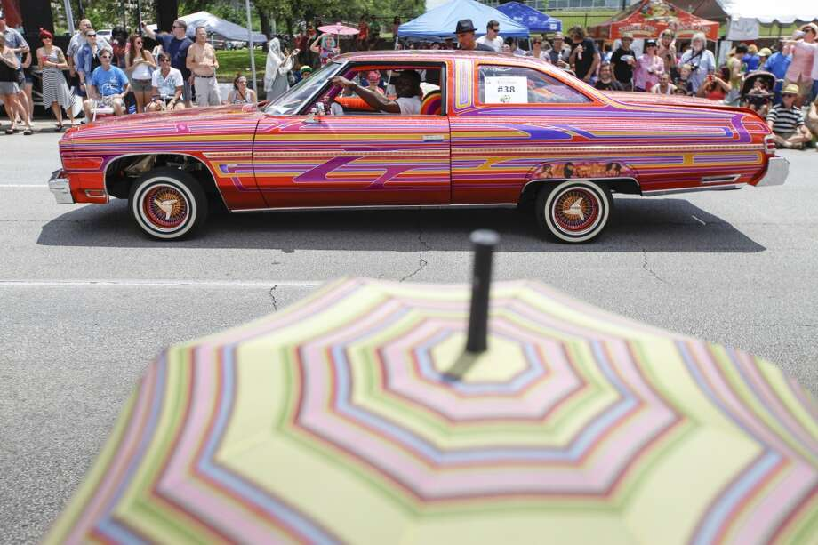Scenes from the 27th annual Art Car Parade, May 10, 2014 in Houston.  (Eric Kayne/For the Chronicle) Photo: For The Chronicle