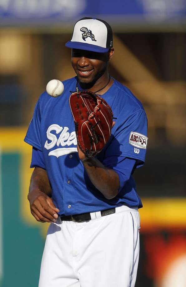 Skeeters pitcher Tracy McGrady smiles between pitches in the second inning. Photo: Karen Warren, Houston Chronicle