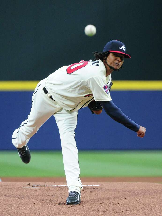 ATLANTA, GA - MAY 10: Ervin Santana #30 of the Atlanta Braves throws a first inning pitch against the Chicago Cubs at Turner Field on May 10, 2014 in Atlanta, Georgia. (Photo by Scott Cunningham/Getty Images) ORG XMIT: 477583059 Photo: Scott Cunningham / 2014 Getty Images