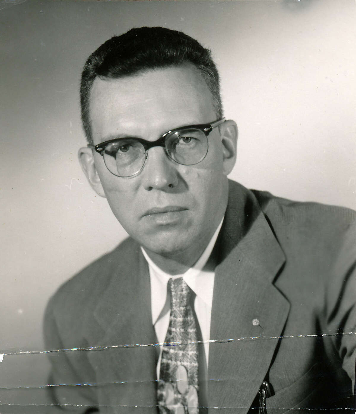 Sigman Byrd, writer-columnist for Houston Chronicle, Post and Press.