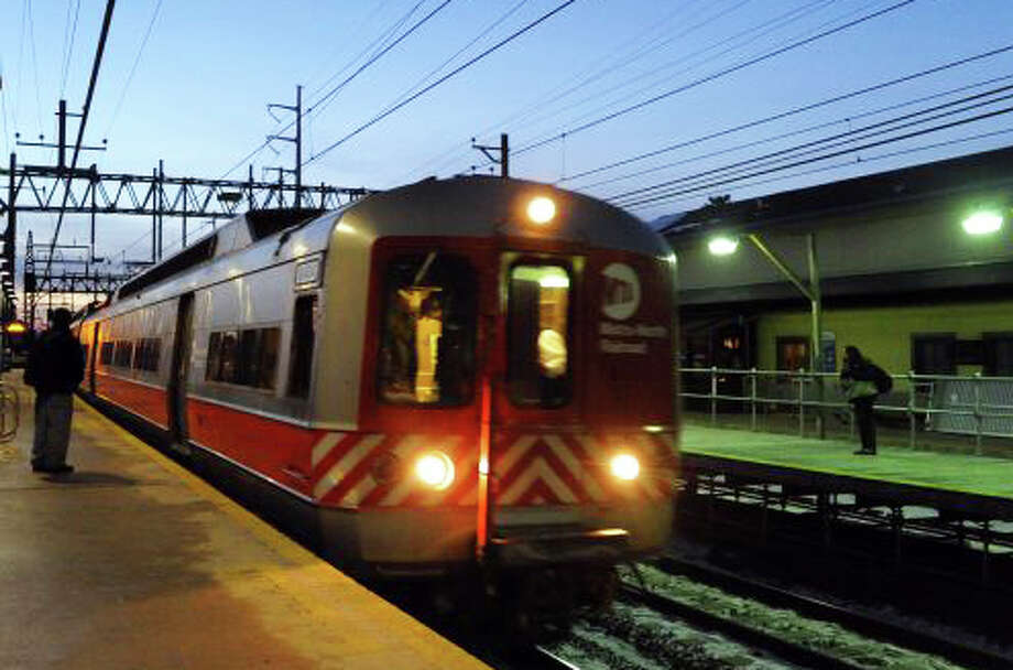 Metro-North Railroad warns commuters today there will be delays indefinitely because of damage caused to switching equipment in Greenwich on Saturday. Photo: File Photo / Fairfield Citizen