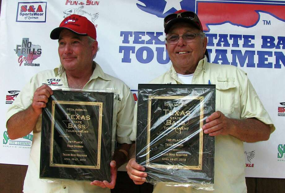 Dale Rabe, Arlington, Texas and Charles McFarland, Burleson, Texas take first place in the Team Division. Courtesy Photo