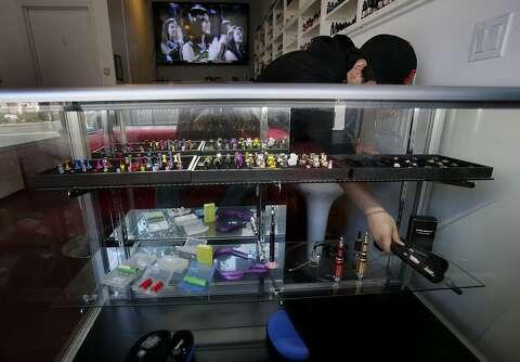 UCSF e-cigarette study stamps out public health benefits