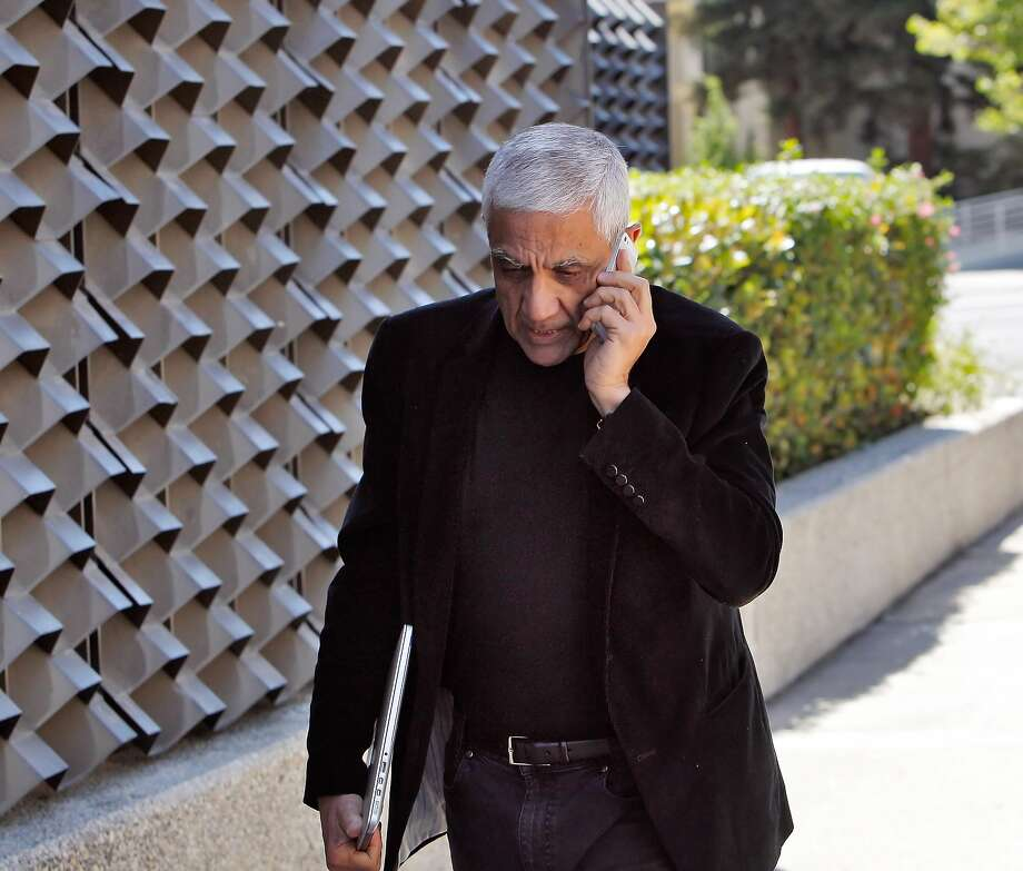 Silicon Valley billionaire Vinod Khosla arrives at the San Mateo County Superior Court building in Redwood City, Calif., on Monday, May 12, 2014, on his way to testify in the Martin's Beach lawsuit. Photo: Carlos Avila Gonzalez, The Chronicle