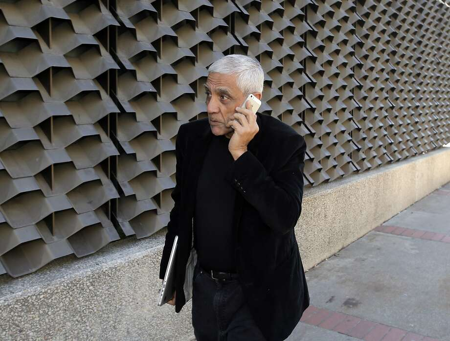 Billionaire Vinod Khosla says doctors can't compete with data technology. Photo: Carlos Avila Gonzalez, The Chronicle