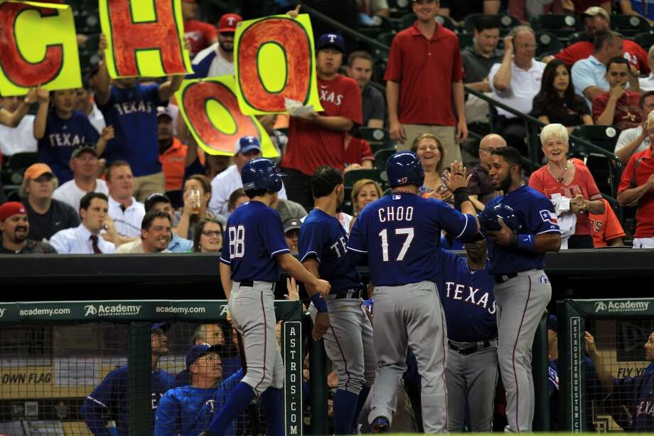 Shin-Soo Choo scores in the second inning. Photo: Mayra Beltran, Houston Chronicle