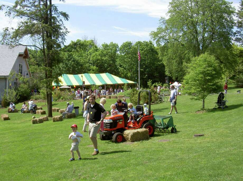 Down on the Farm returns to the Darien Nature Center on Saturday. There will be many activities for families to enjoy and live music. Find out more. Photo: Contributed Photo / Stamford Advocate Contributed